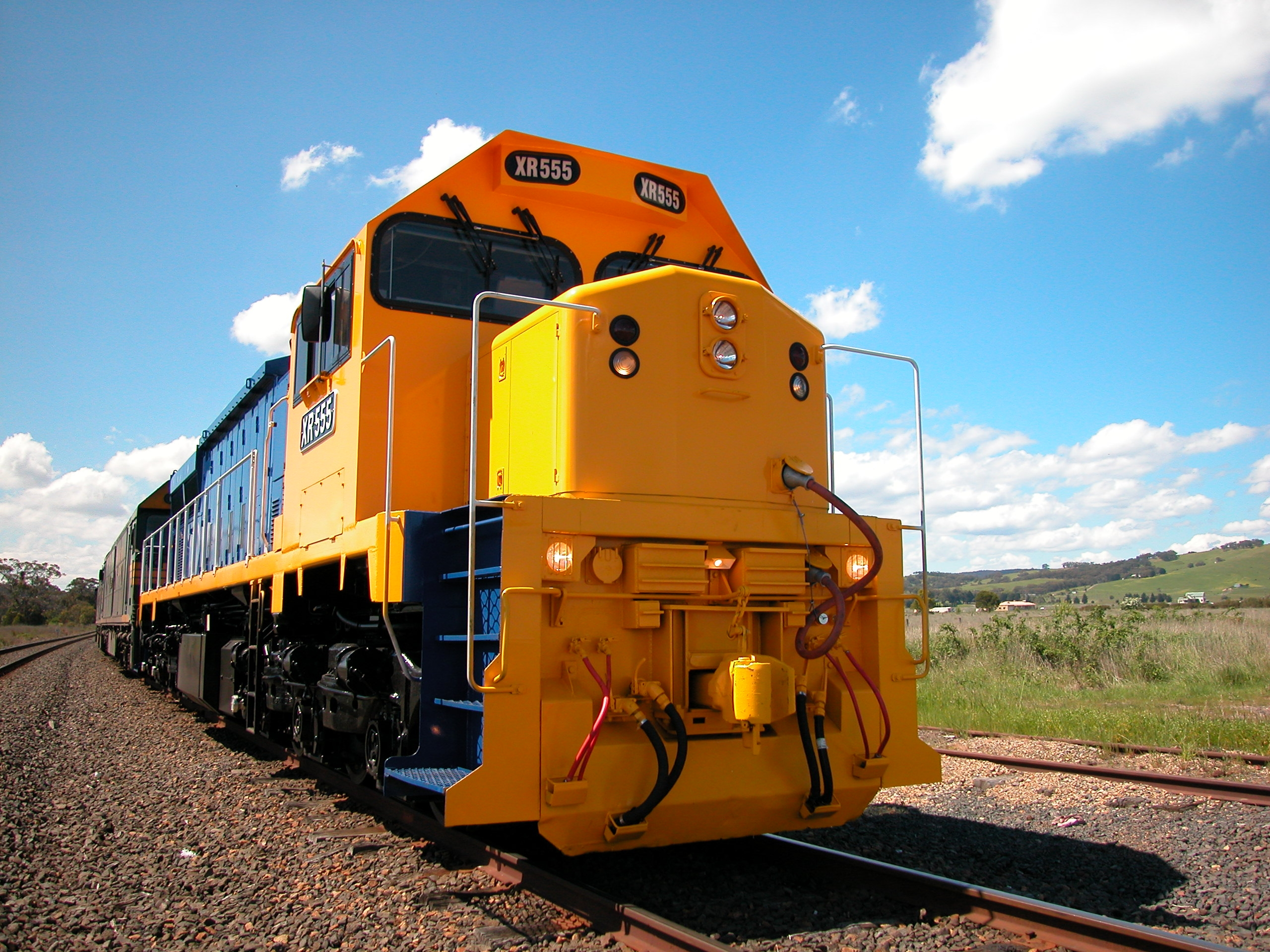 yellow-locomotive